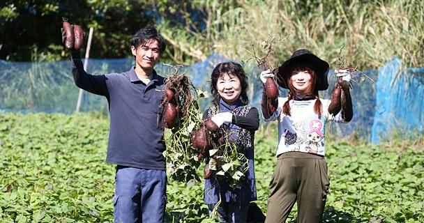農家さん3人の集合写真
