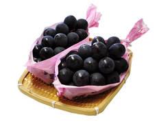 課w顔と食べられる種無し黒ブドウ「ナガノパープル」