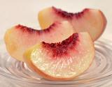 春日居の晩生桃「さくら白桃」または「白根白桃」 山梨県産 約1.8kg(5〜6玉)化粧箱