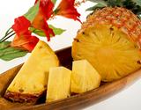 完熟ゴールドバレル 沖縄県西表島産パインアップル 大サイズ 1玉(1玉1.5kg以上) ※常温