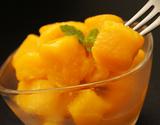 『完熟カットマンゴー』 タイ産 マハチャノック種 約500g×2袋 計1kg ※冷凍